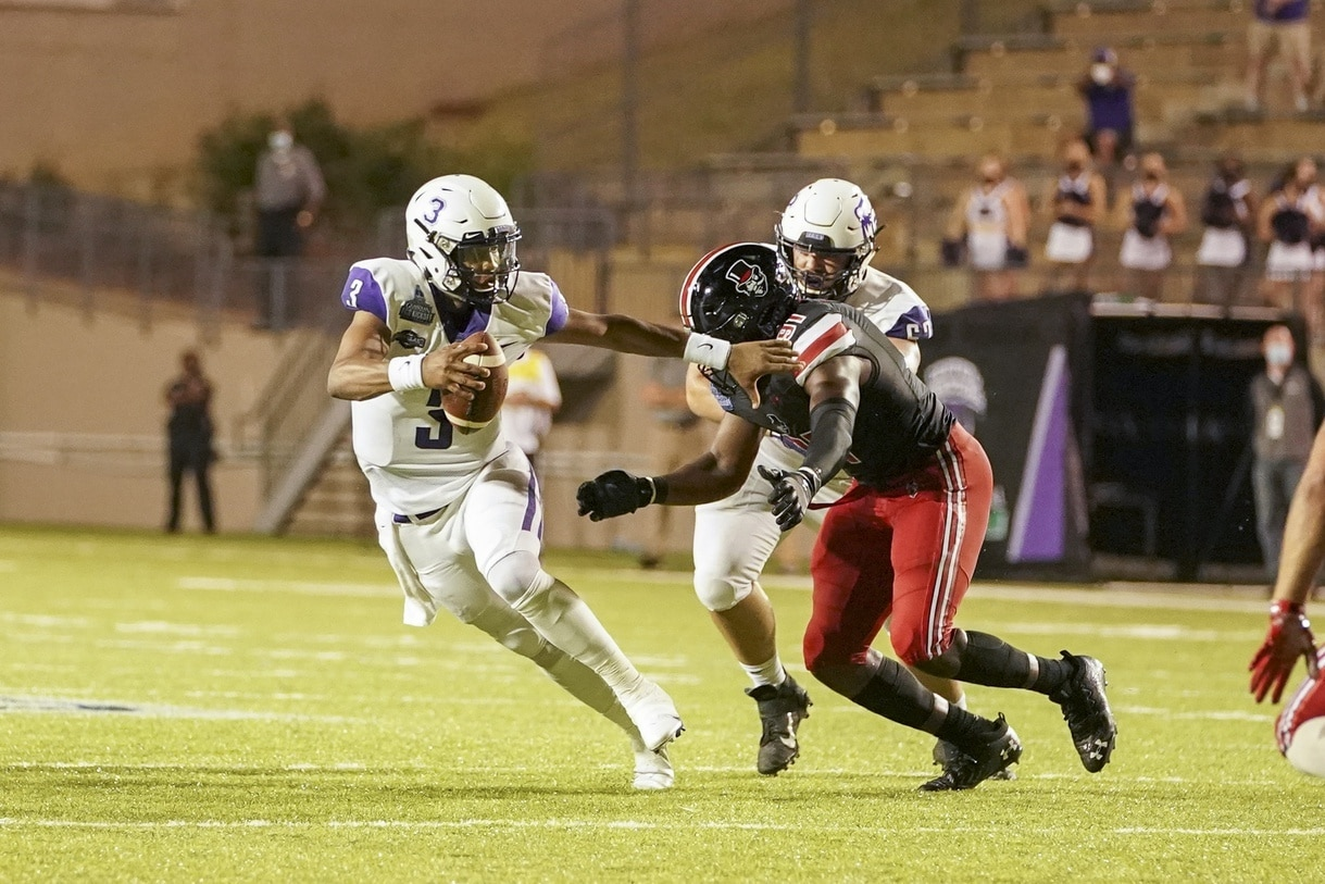 Central Arkansas Storms Back To Beat Austin Peay In The First Di College Football Game Of The Season Ncaa Com