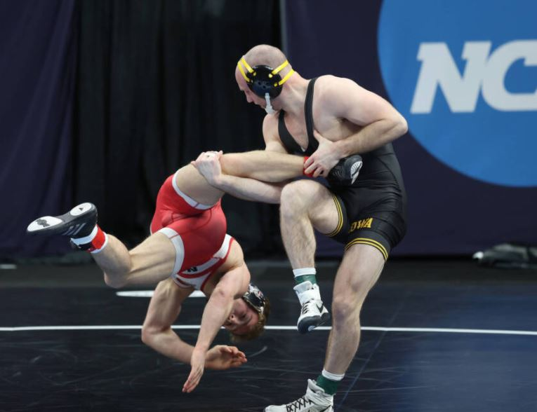 Hot ass college wrestler pics 2021 College Wrestling Championship Iowa Hawkeyes Take Home Team Title Ncaa Com