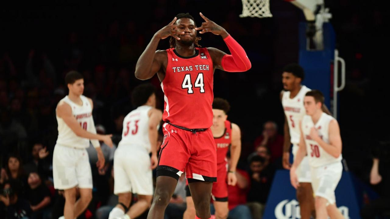 Down Goes No 1 Again As Texas Tech Upsets Louisville At The Jimmy V Classic Ncaa Com