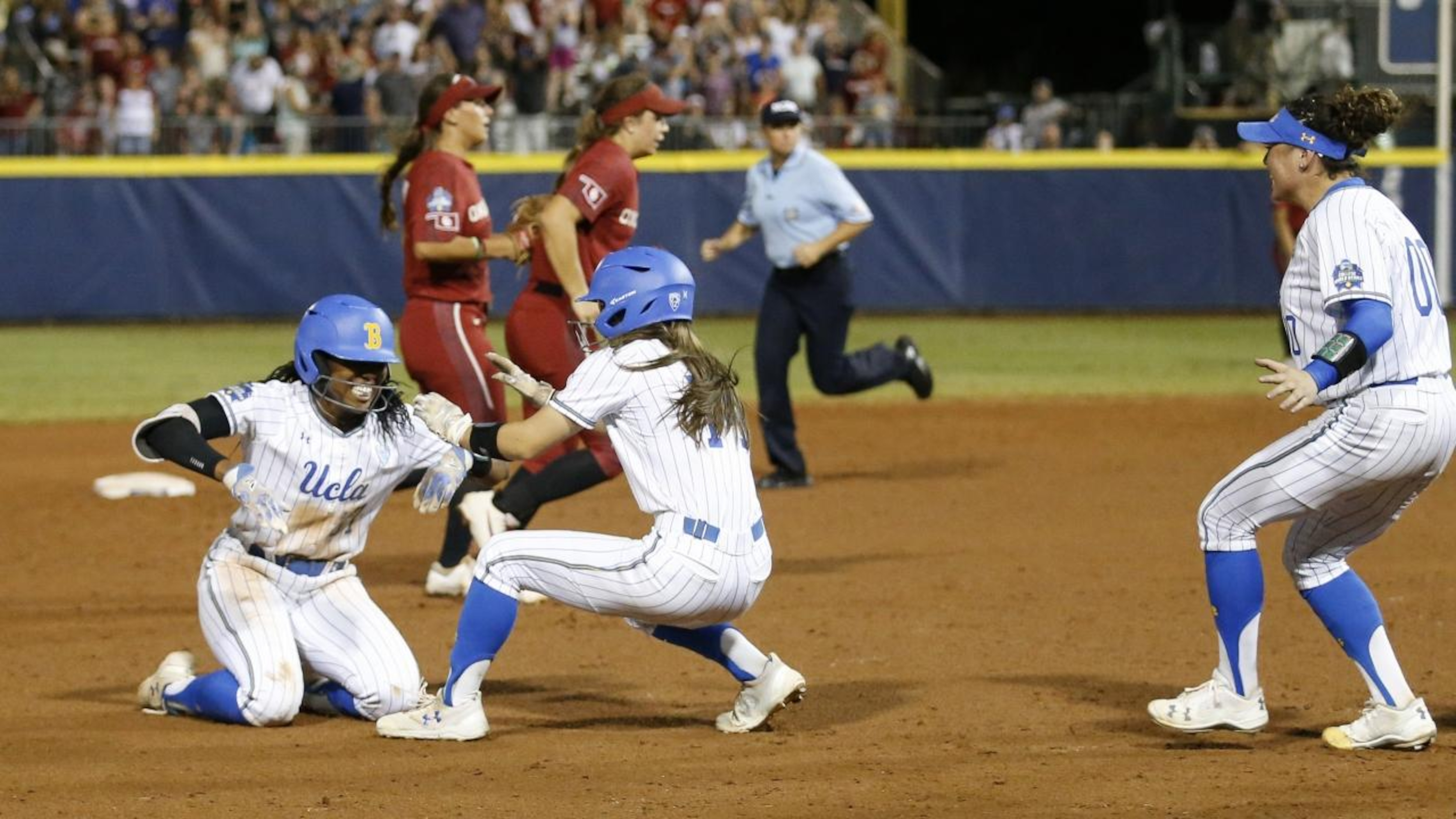Changes to pitching procedures approved in softball   NCAA.com