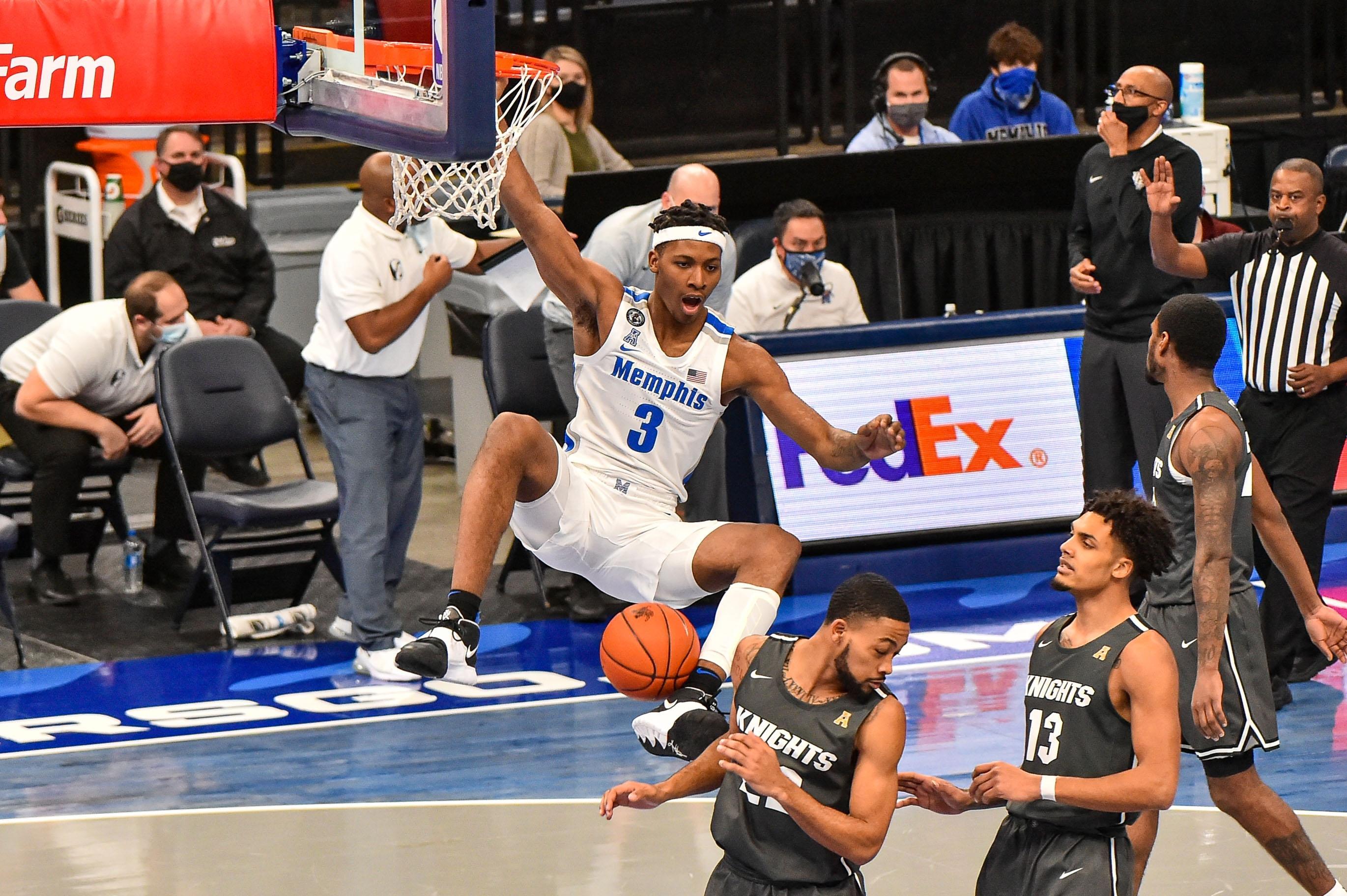 Landers Nolley II led Memphis in scoring last season.