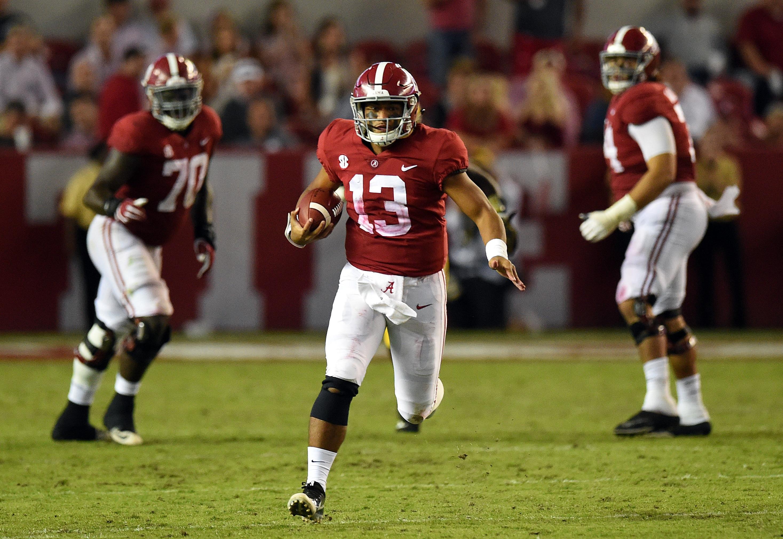 Alabama Qb Tua Tagovailoa Shines Early But Comes Up With Knee