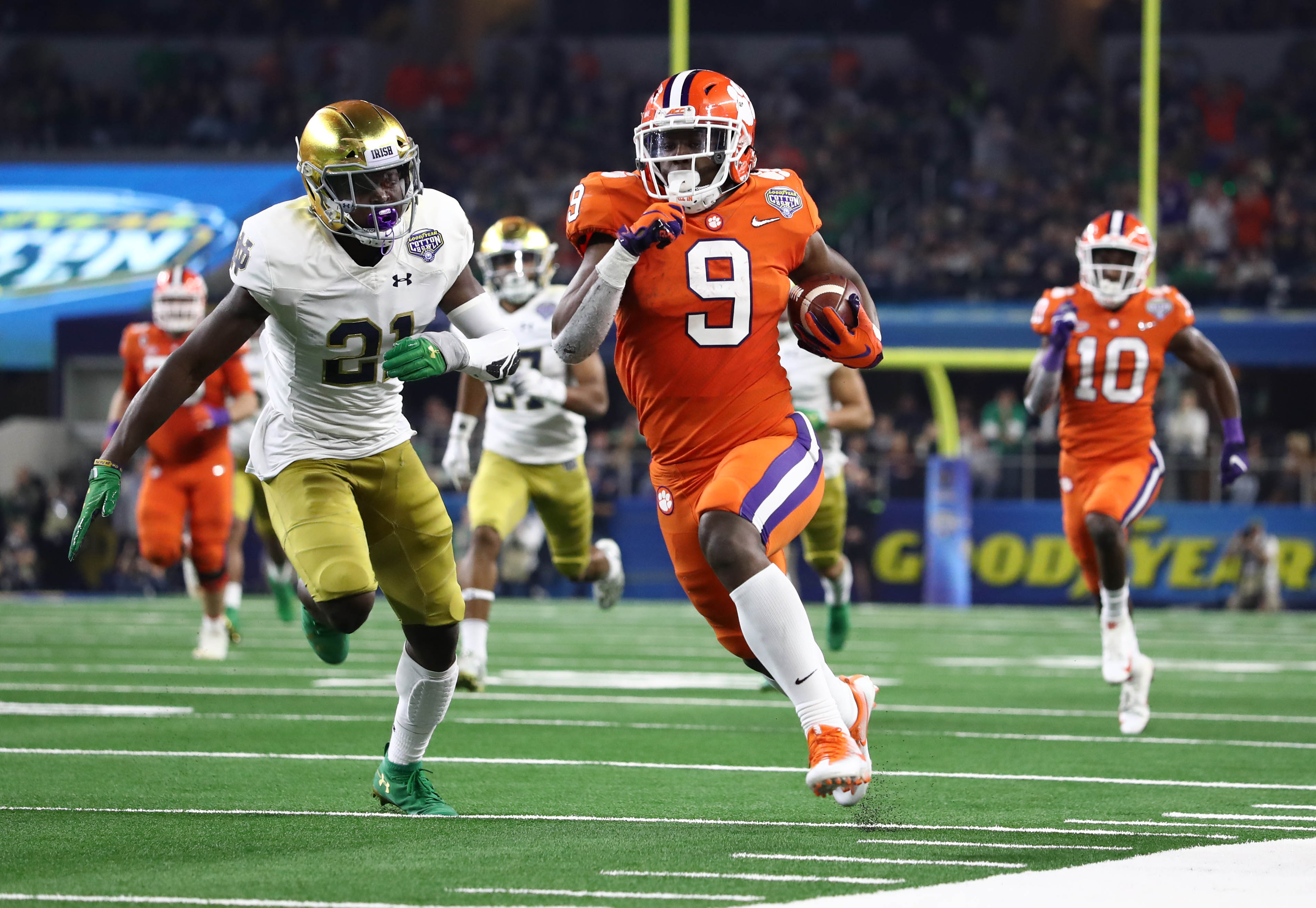 Clemson Cruises Past Notre Dame In Cotton Bowl To Advance To