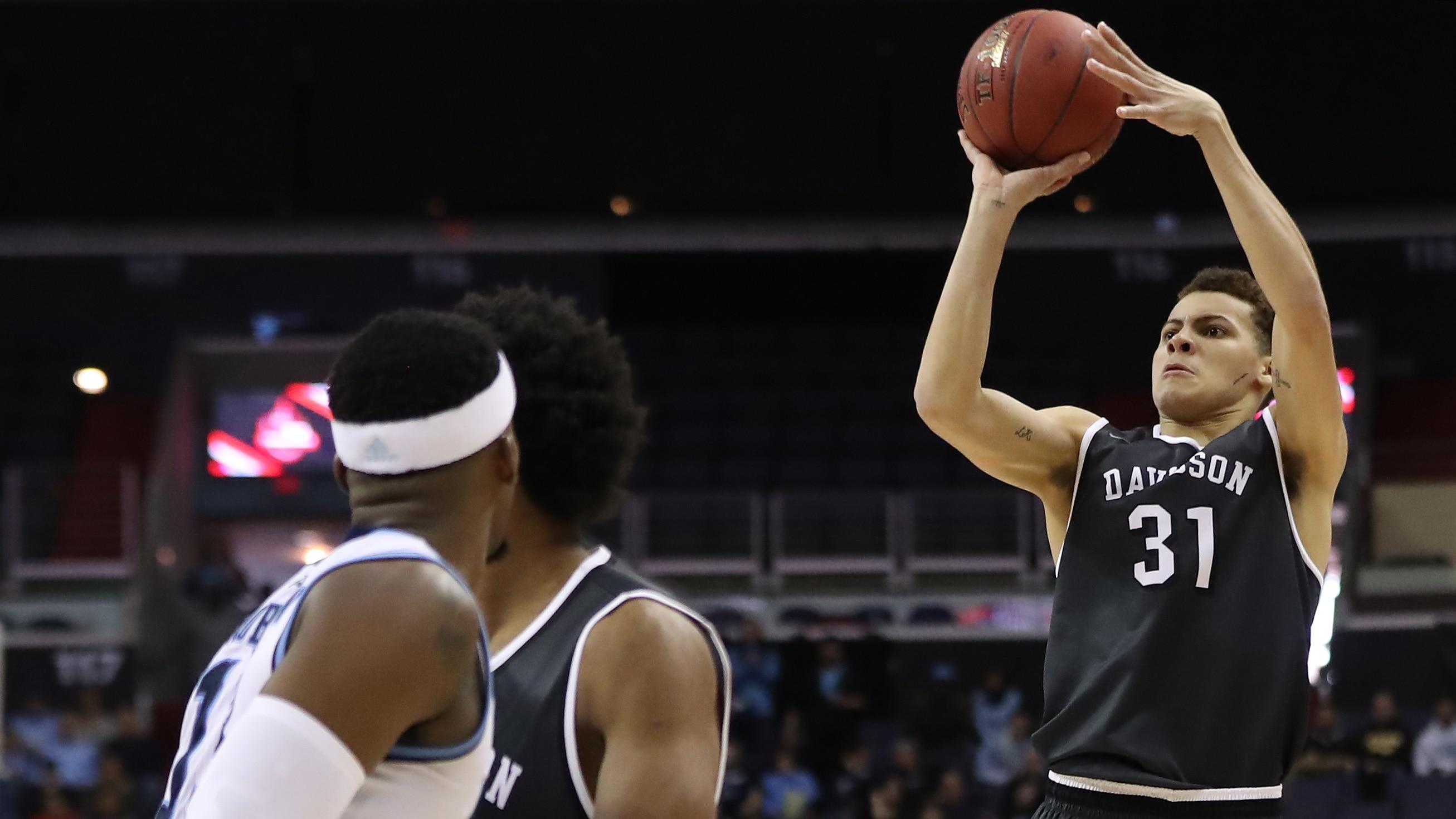 Davidson's Kellan Grady shoots a jumper
