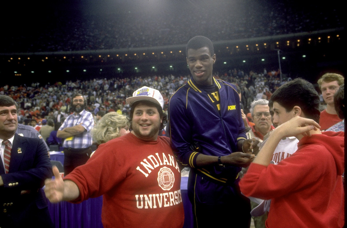 Indiana fans with Robinson before the 1987 Final Four.