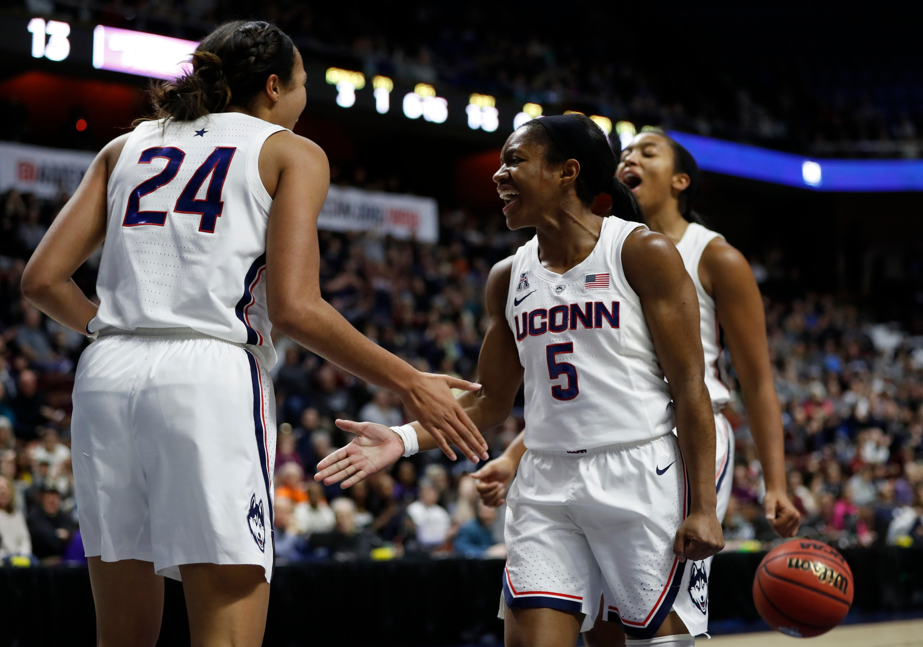 288b6d895e4 1 big thing to know about each women s Sweet 16 team for the 2019 NCAA  tournament