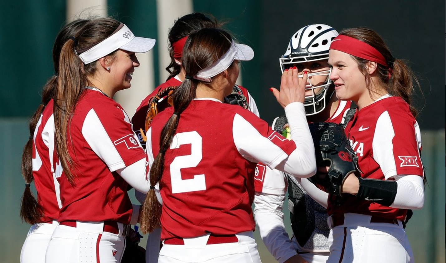 meet b9a9a a31bc College softball rankings: 3 takeaways from the latest NFCA ...
