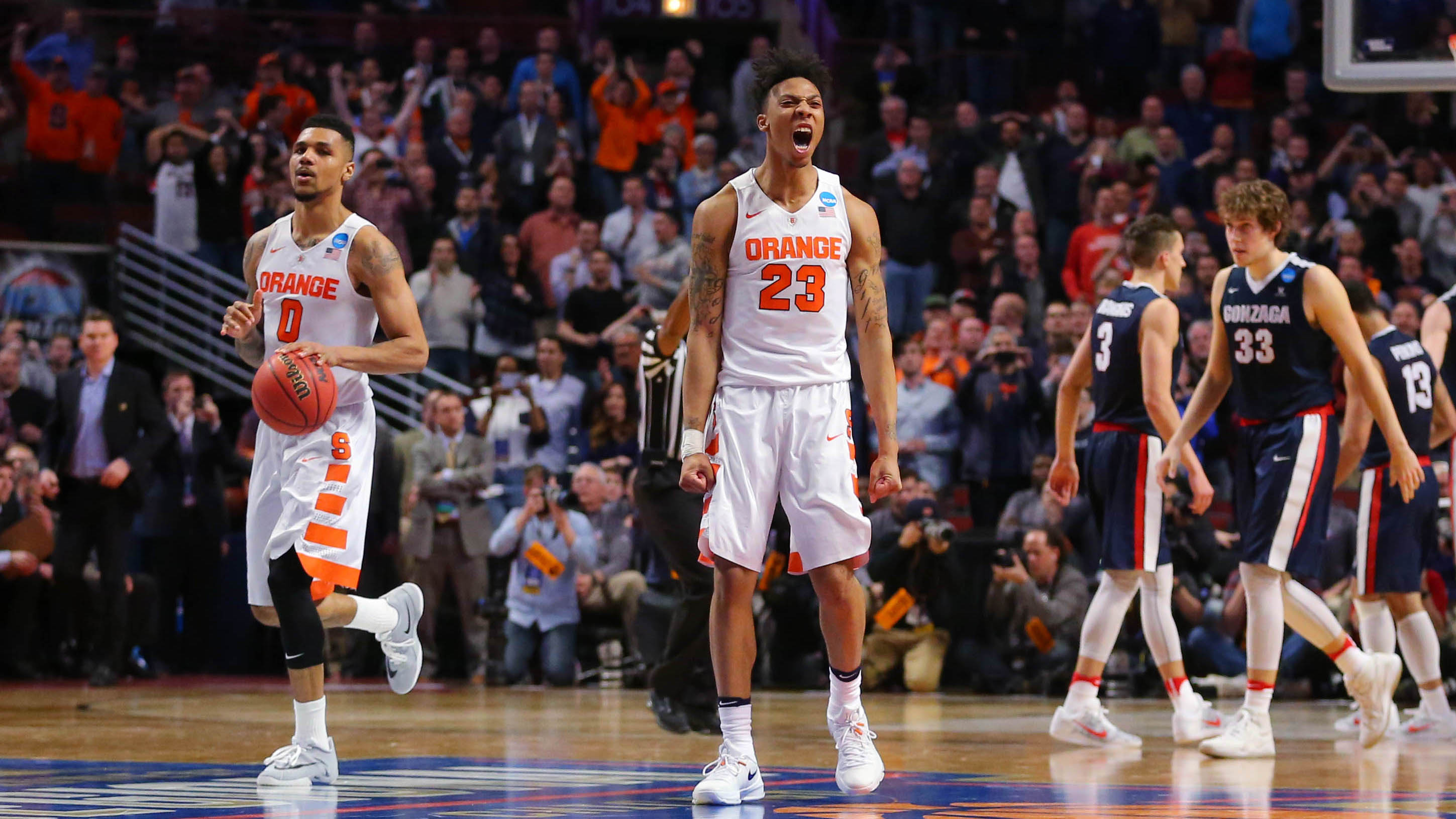 Syracuse Basketball Men S And Women S Teams Still Standing In Ncaa