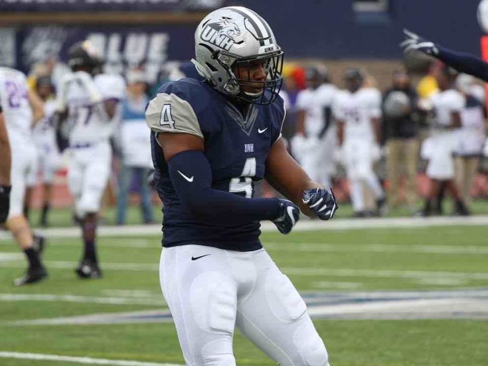 Fcs Football New Hampshire Forces Six Turnovers Stuns No 3 James