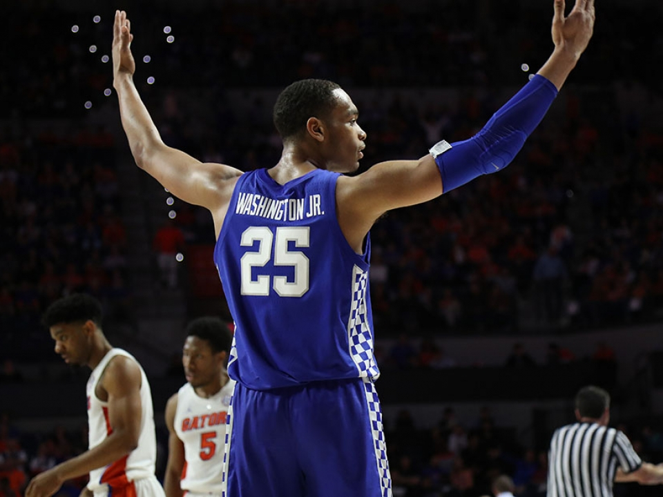 college basketball rankings kentucky   top  wisconsin rises   ap poll ncaacom