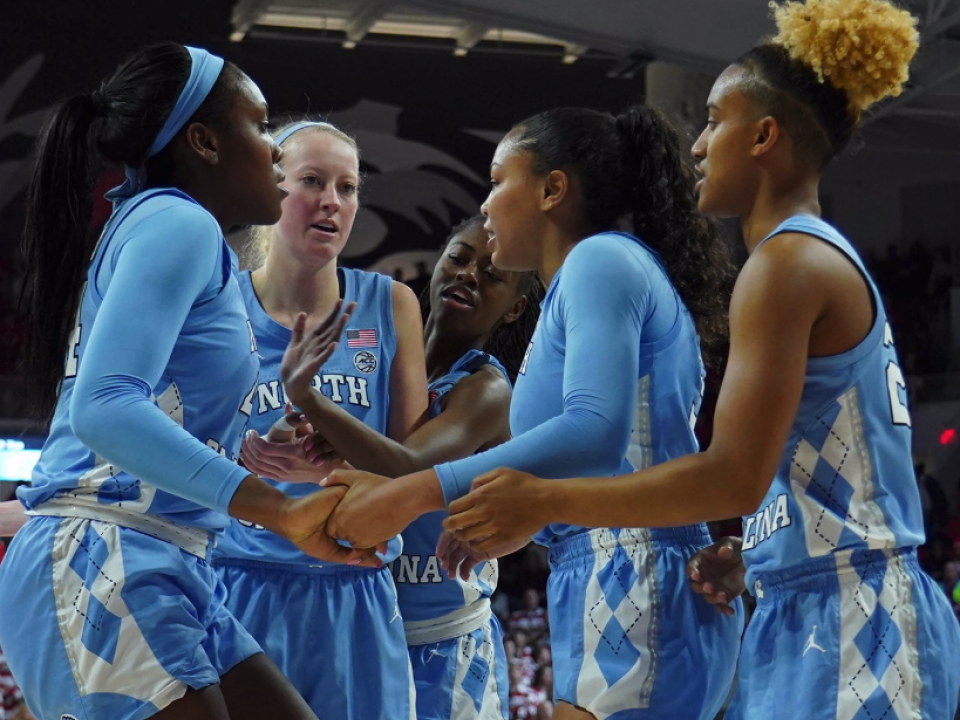 giving unc womens stephanie - 960×720