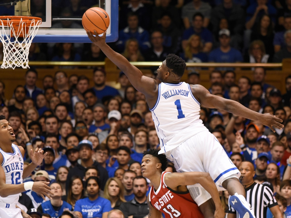 March Madness 2019 Zion Williamson Throws Down Multiple: College Basketball Rankings: Duke, Gonzaga Take Over Top