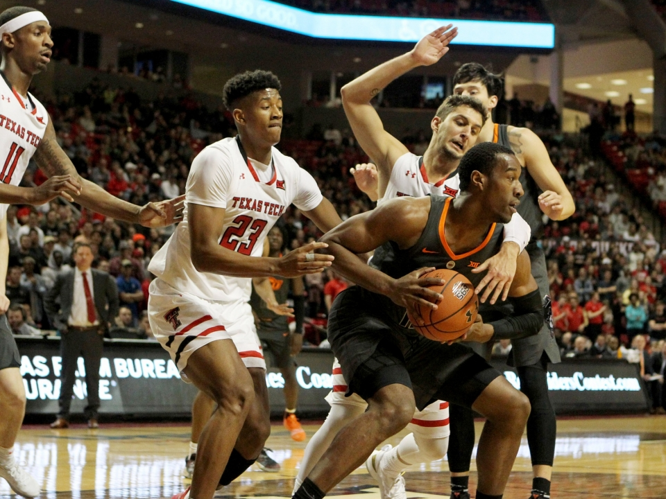 Oklahoma State Player Hits 4 Threes In Final Minute But No