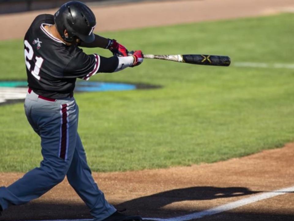 9 College Baseball Bats Tearing Up The Cape Cod Baseball League