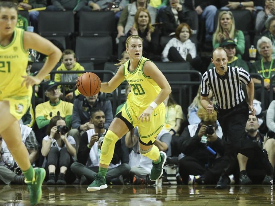 Oregon's head coach Kelly Graves on what Sabrina Ionescu brings as a teammate | NCAA.com