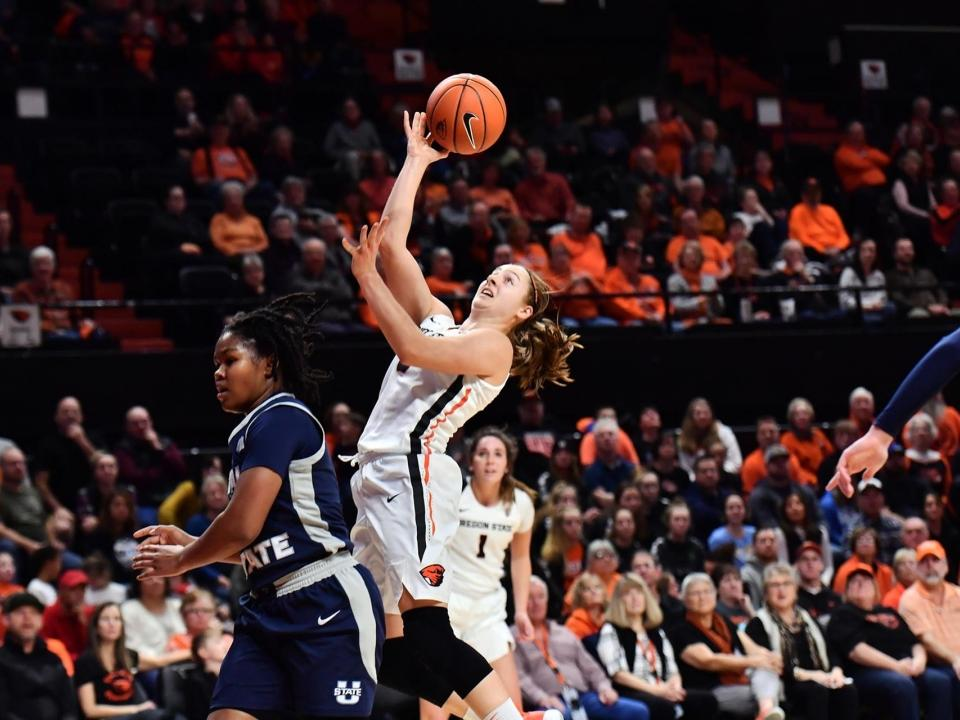 Women S Basketball Rankings Oregon State Becomes New No 1
