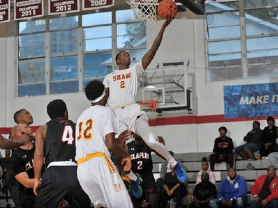 Amir Hinton leads DII men's basketball in scoring with 34.3 points per game.
