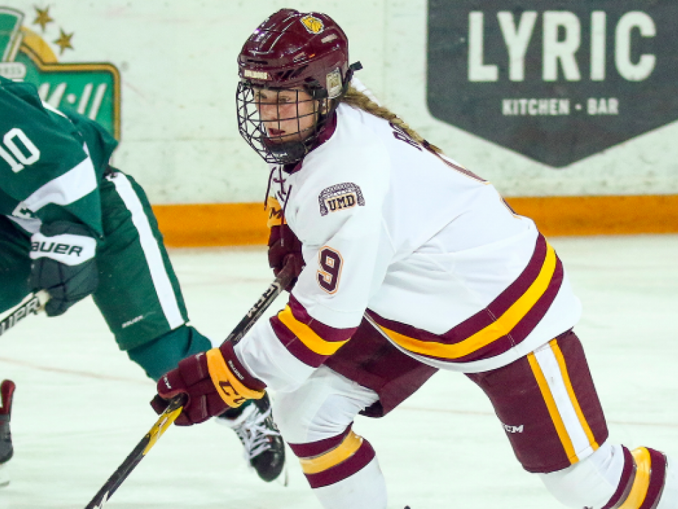 Minnesota Duluth women's hockey Naomi Rogge