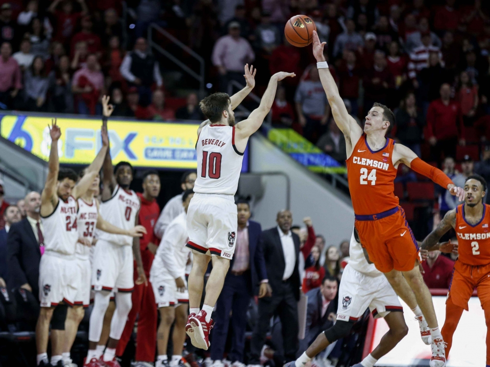 NC State buzzer beater against Clemson