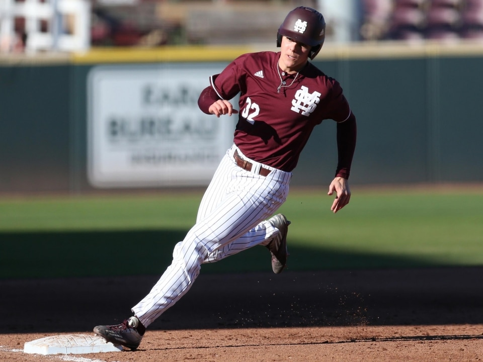 4555ed809e81de Miss. State knocks off Texas A M behind strong pitching