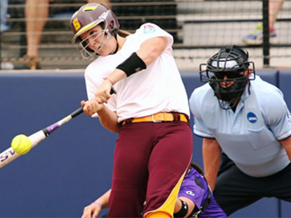 Rebecca Hoey hit a three-run home run for Salisbury.