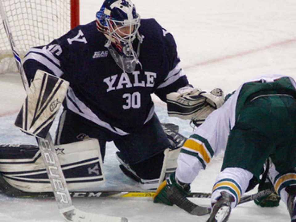competitive price f56a8 d8ae1 Spano comes up big as Yale hockey team edges Northeastern ...
