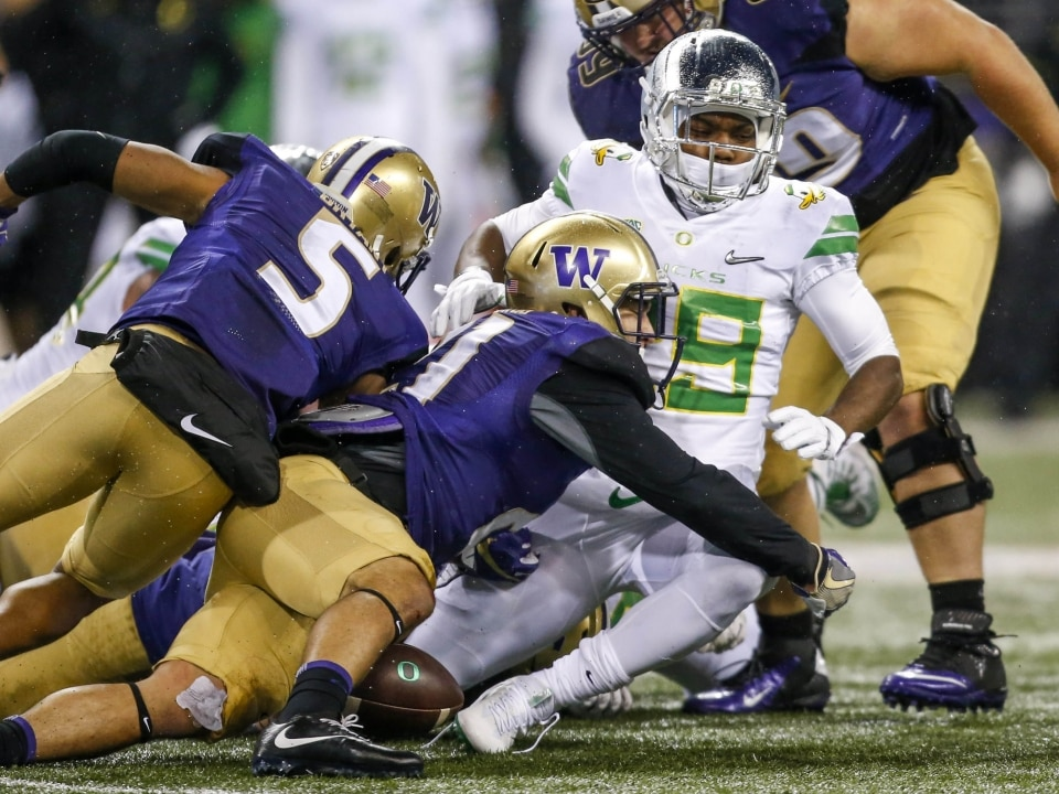 9be807e2 Washington's defense has allowed just eight touchdowns in nine games.