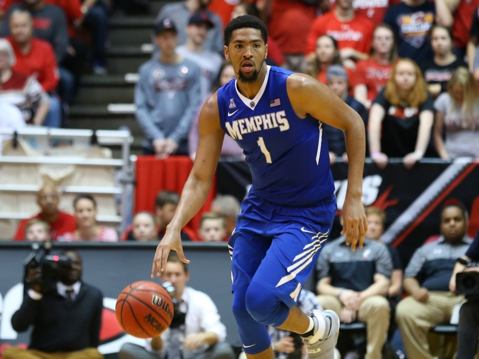Is Kansas's Dedric Lawson the next Big 12 Player of the ...