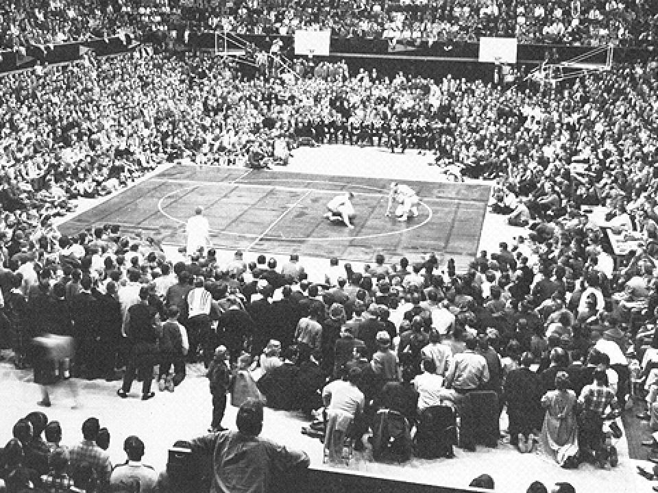 wrestling-arena-262014.jpg