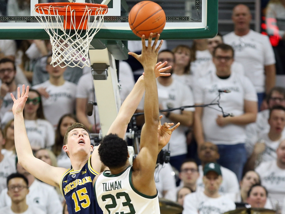 No 9 Michigan State Beats No 7 Michigan To Share Big Ten Title