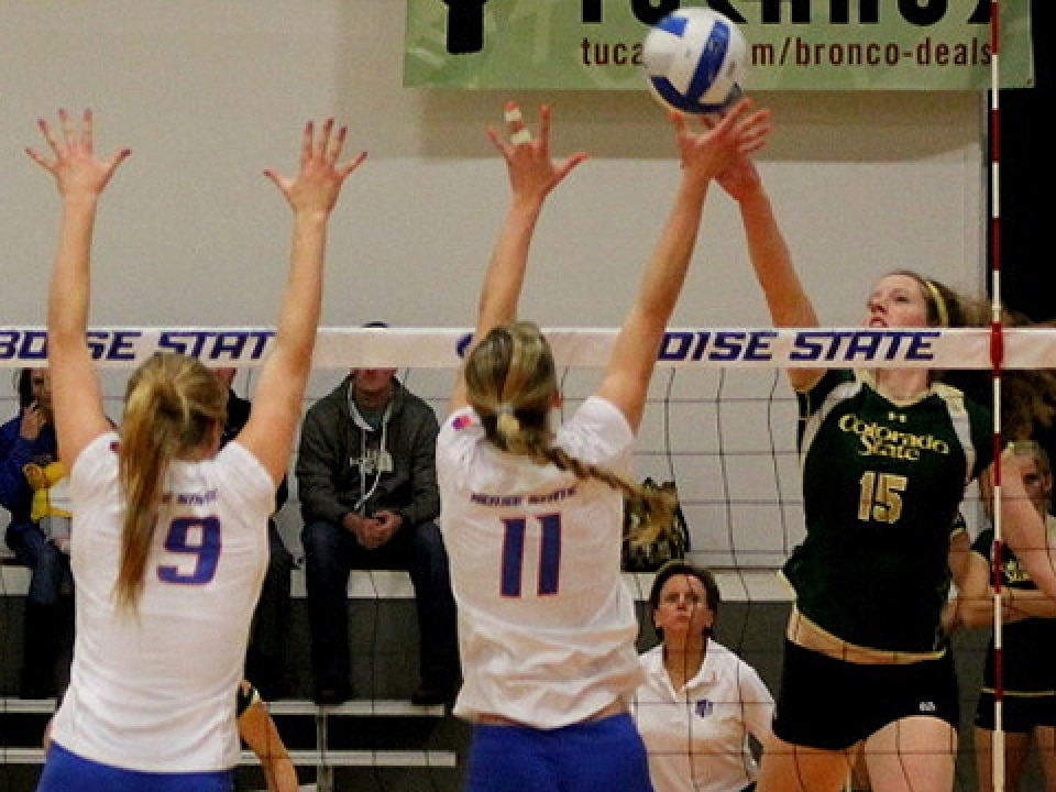 Colorado State's Marlee Reynolds led all hitters with nine kills.