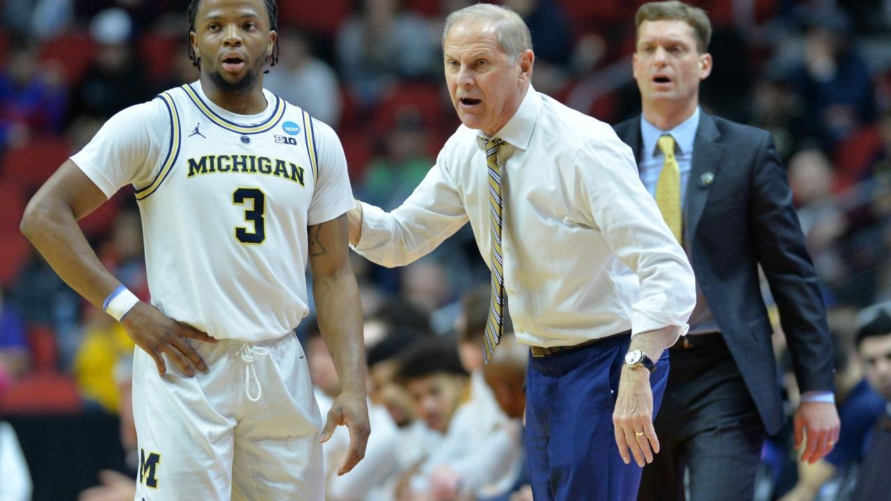 University of Michigan Champion NCAA Wolverines Mens Shorts