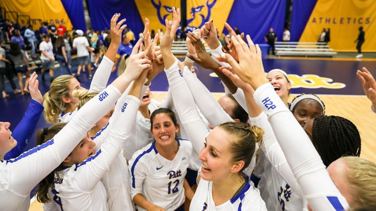 Womens volleyball beats both Oregon schools at home