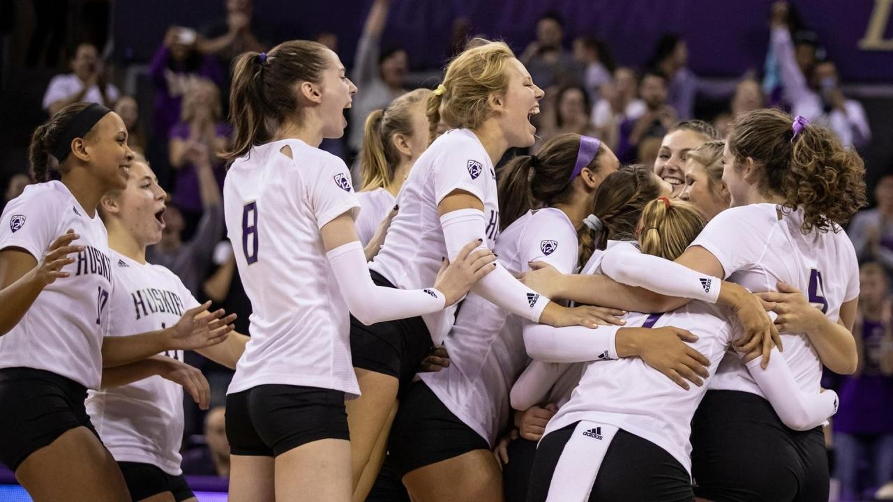 Ludlowe girls volleyball beats Harding