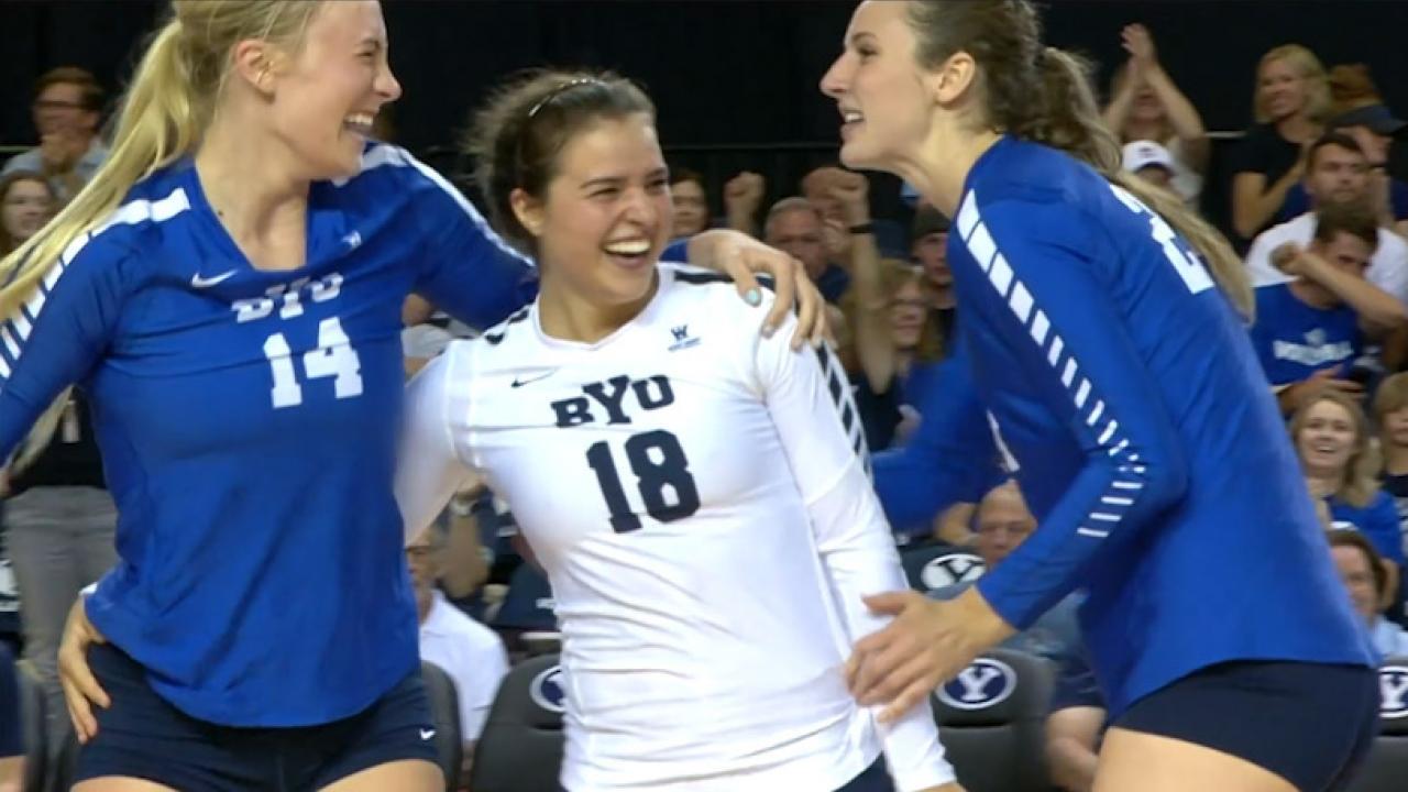 UCLA women beat Illinois for NCAA volleyball title - News
