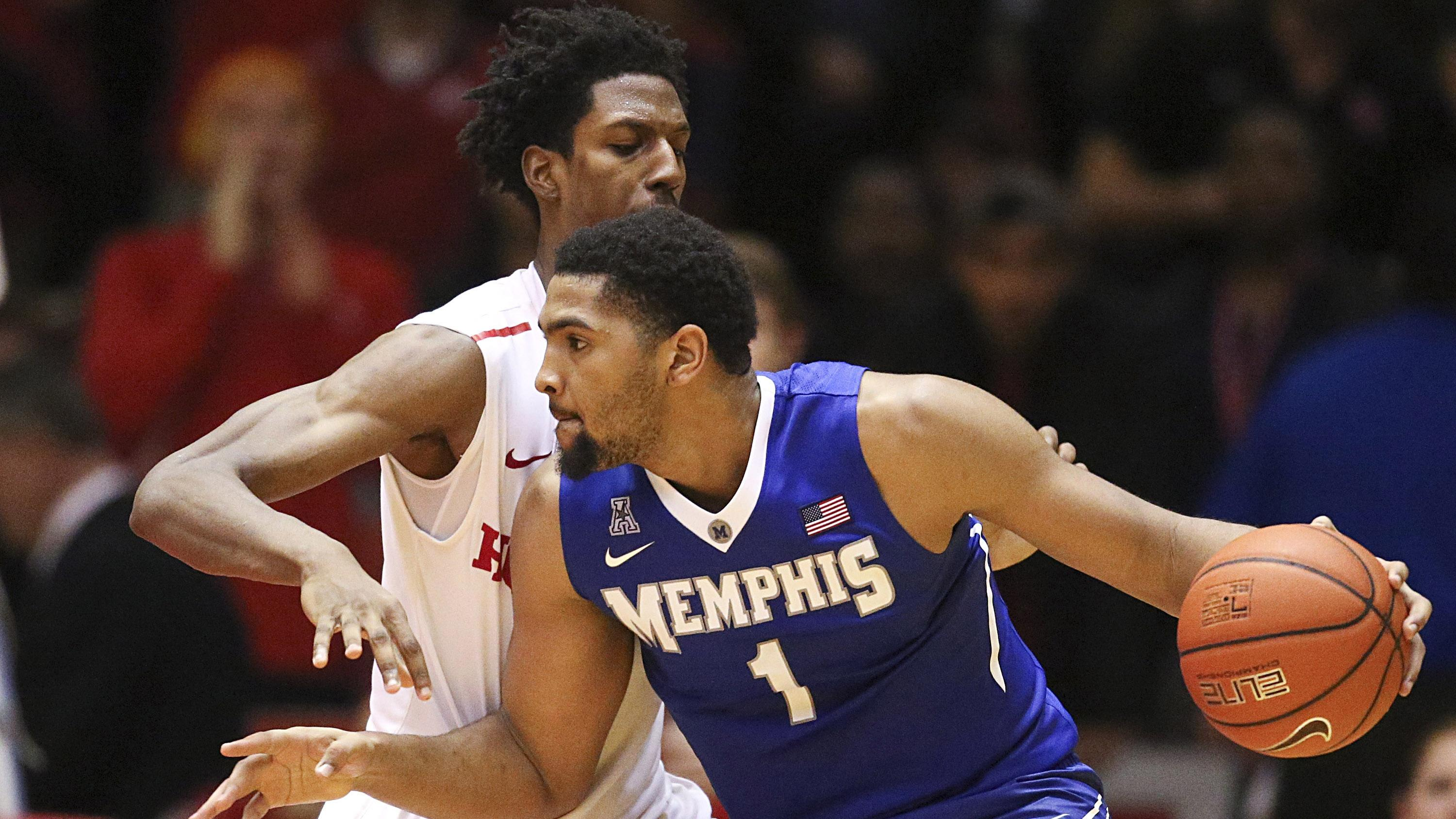 Kansas forward Dedric Lawson averaged nearly a double-double at Memphis