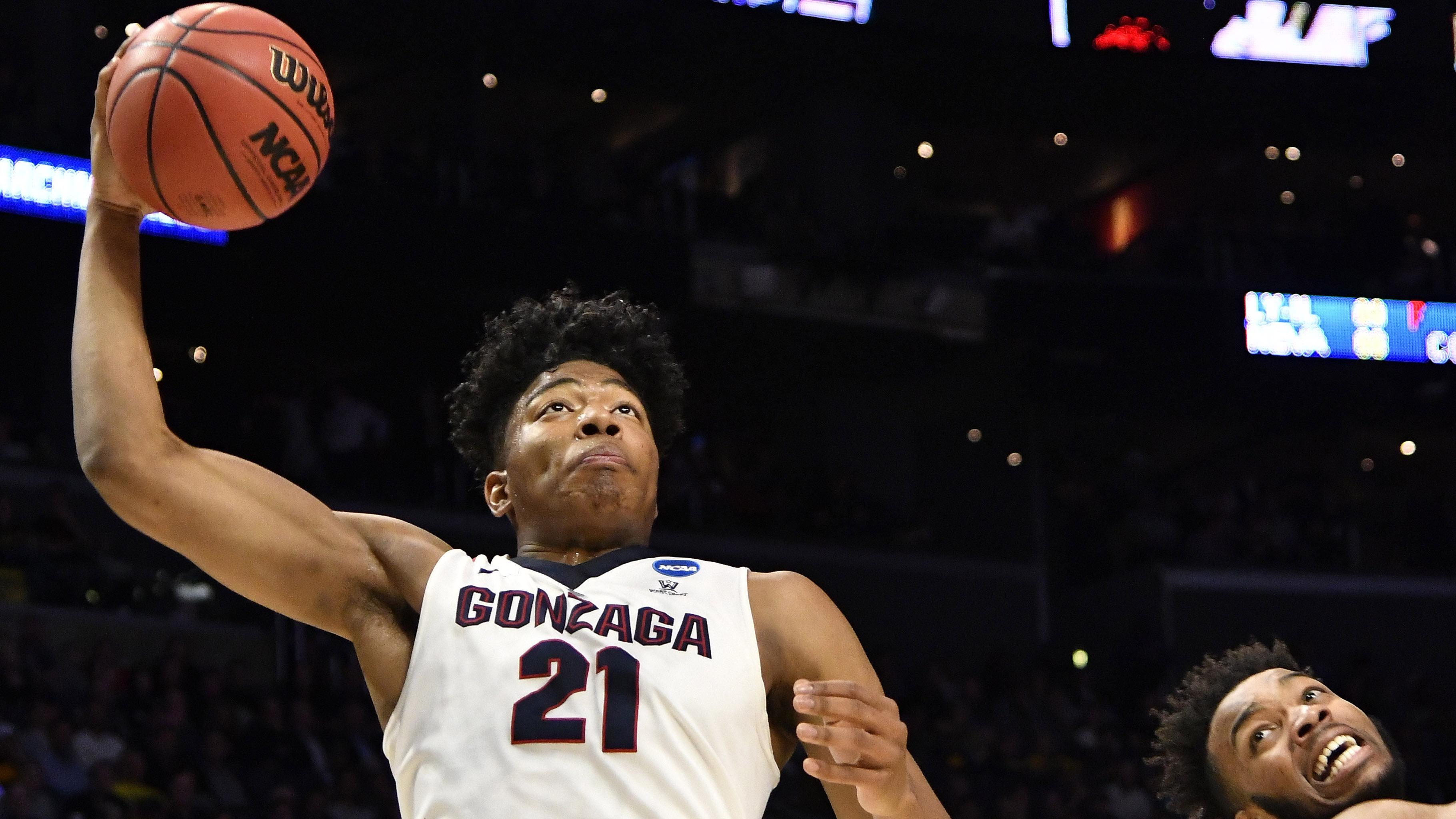 Gonzaga's Rui Hachimura goes to dunk