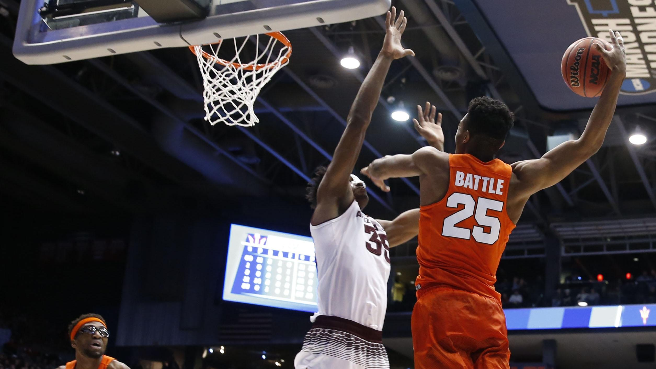 Syracuse guard Tyus Battle goes up for a dunk