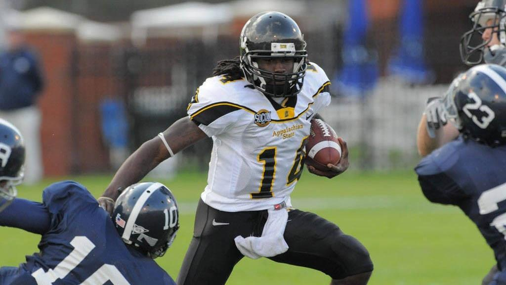 best loved 3b35a 3ea3c Walter Payton Award: Complete history of the FCS offensive ...