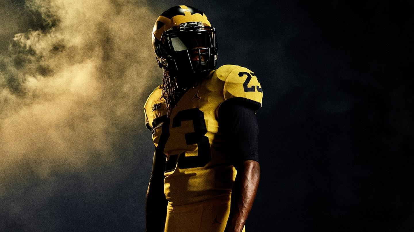979e2e605d56 Michigan will wear new all-maize threads against UF as a celebration of the  school s bicentennial.