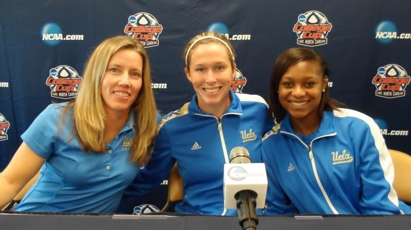 womens soccer, division I, Amanda Cromwell