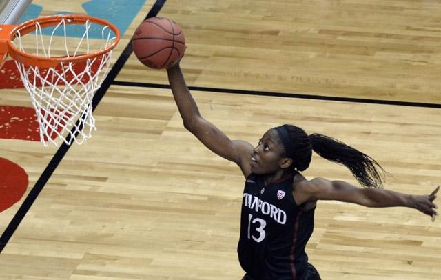 Chiney Ogwumike finished with 15 points, shooting 5 of 12 from the field, and grabbed 10 rebounds.