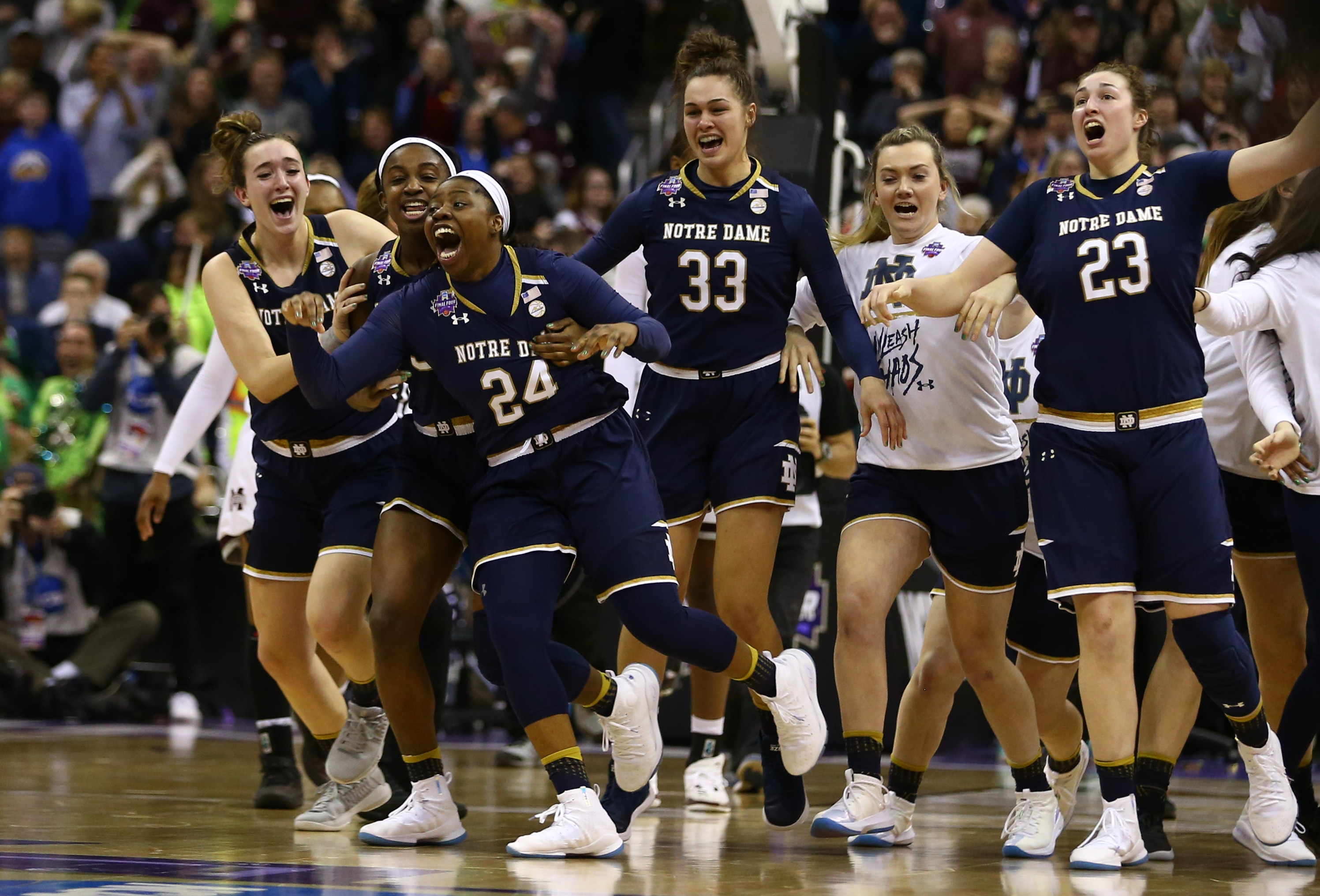 Notre Dame Wins Championship On Ogunbowales Game Winner