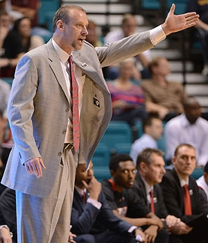 Utah head coach Larry Krystkowiak