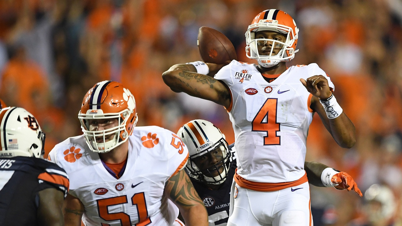 College Football: Clemson inches past Auburn | Social Game ...